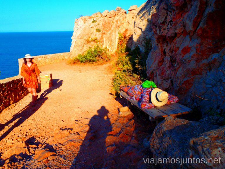 No puedo más... Ruta desde Les Rotes hasta laa Cueva Tallada a pie. Denia. Valencia