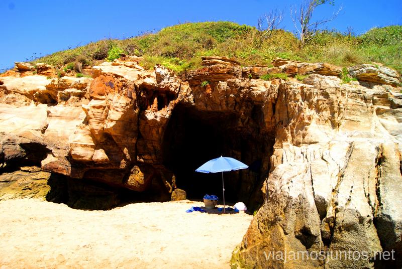 Una cueva - un puesto privado Ruta de la Cueva Cucabrera, caminando por Cantabria.