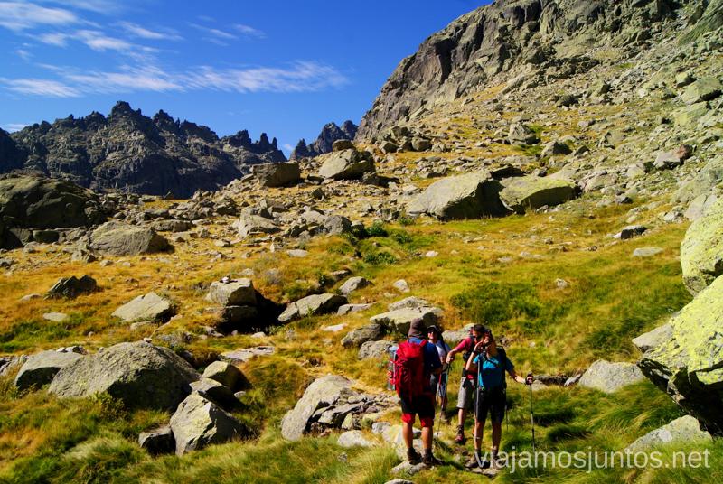 Ante la subidita Trekking de 3 días por Gredos, Castilla y León, historias y anécdotas de la ruta