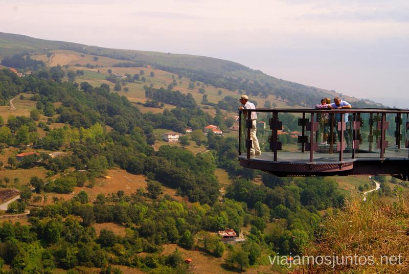 Mirador de la Gándara Ruta circular en coche alrededor del Valle de Soba, Cantabria
