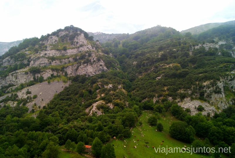 Alrededores de Asón Ruta circular en coche alrededor del Valle de Soba, Cantabria
