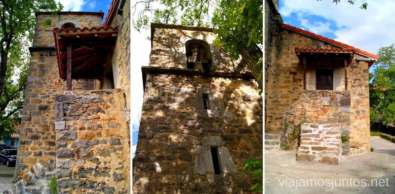 La iglesia del pueblos de Aja Ruta circular en coche alrededor del Valle de Soba, Cantabria