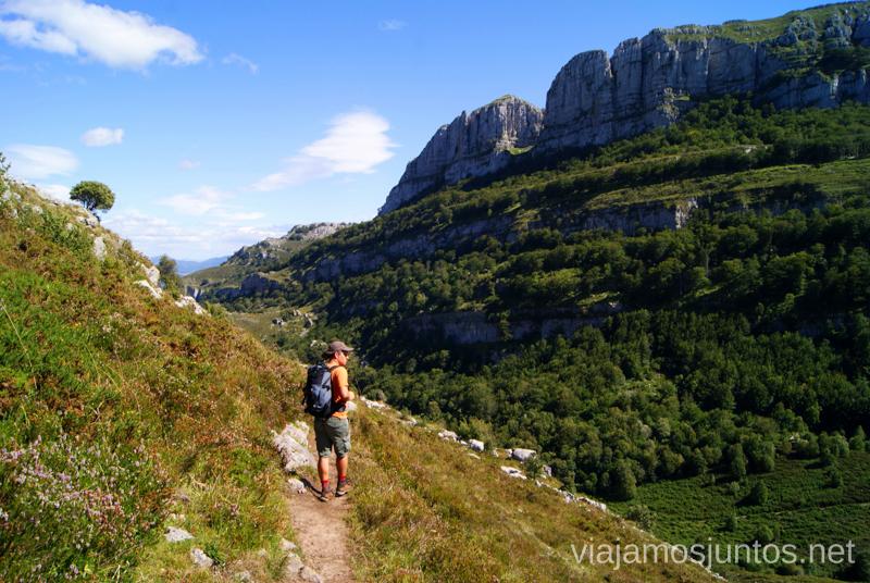 Tramo final, con vistas Ruta circular Vuelta a Colina, Parque Natural de los Collados del Asón, Cantabria