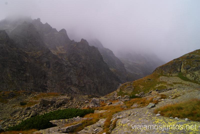 La tormenta nos está alcanzando Trekking en los Altos Tatras, Eslovaquia High Tatras, Slovaquia #EslovaquiaJuntos Parte III Diario