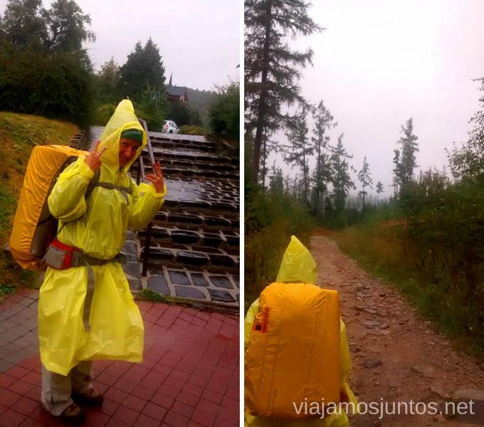Disfrutando de la mejor compra Preparación del trekking de dos días por Altos Tatras, Eslovaquia. High Tatras, Slovakia