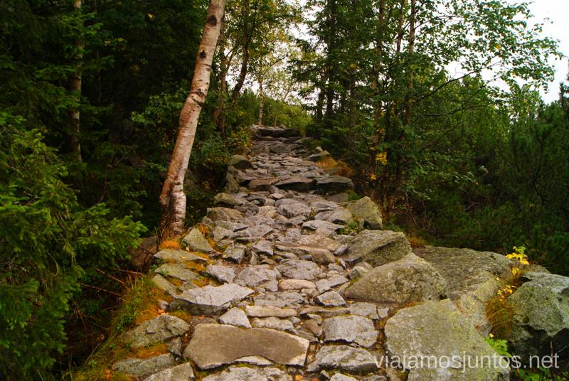 Sendas bien trotadas Trekking en los Altos Tatras, Eslovaquia High Tatras, Slovaquia #EslovaquiaJuntos Información práctica