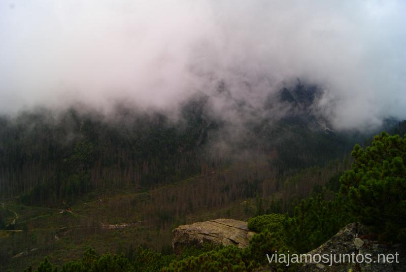 Tiempo cambiante e impredecible Trekking en los Altos Tatras, Eslovaquia High Tatras, Slovaquia #EslovaquiaJuntos Información práctica