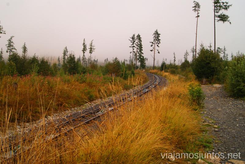 Las vías del funicular Trekking en Altos Tatras, diario de la travesia. Eslovaquia #EslovaquiaJuntos High Tatras Vysoké Tatry Slovakia