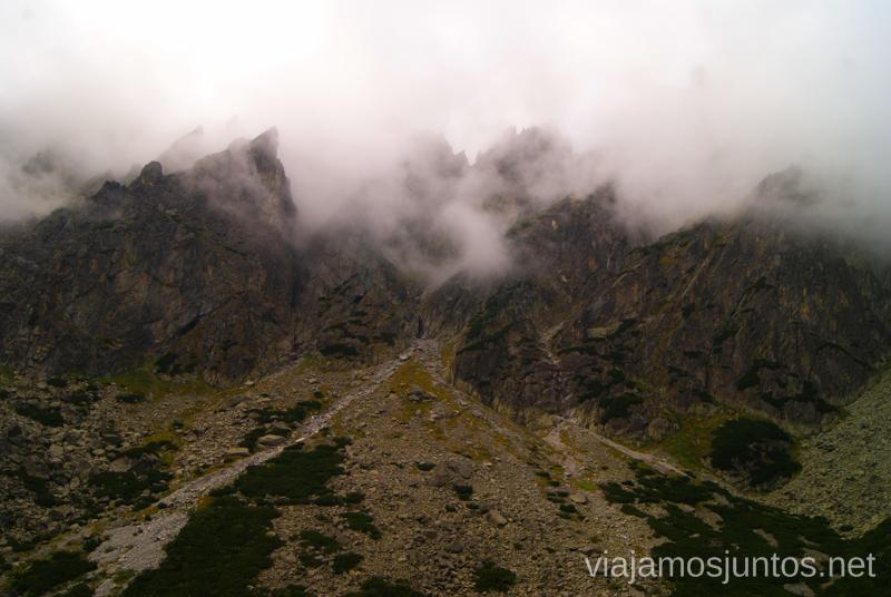Niebla bajando... Trekking en Altos Tatras, diario de la travesia. Eslovaquia #EslovaquiaJuntos High Tatras Vysoké Tatry Slovakia