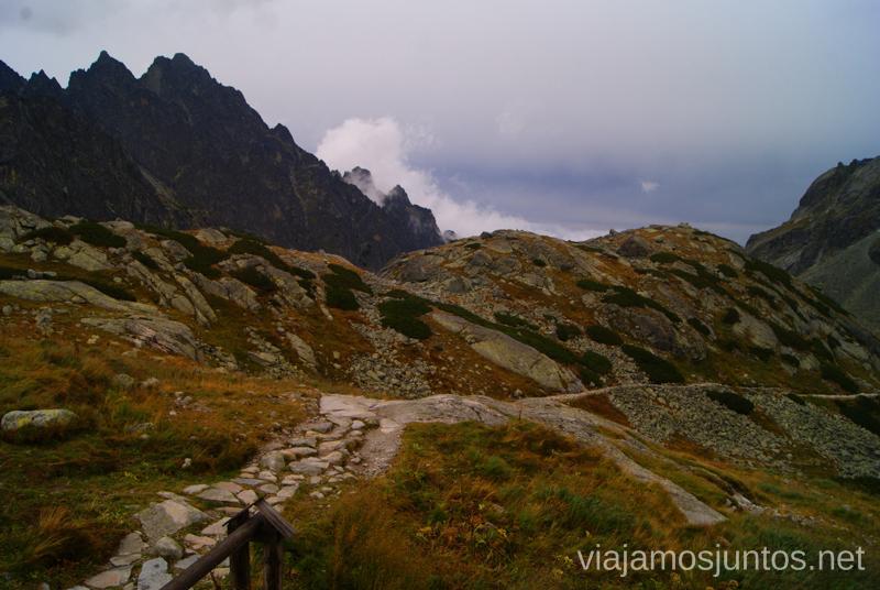 Camino fácil, escape sin ferratas desde el refugio Zbojnícka chata Trekking en los Altos Tatras, Eslovaquia High Tatras, Slovaquia #EslovaquiaJuntos Parte III Diario