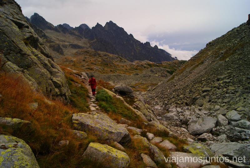 Siguiendo la ruta hacia Sedlo Prielom Trekking en los Altos Tatras, Eslovaquia High Tatras, Slovaquia #EslovaquiaJuntos Parte III Diario