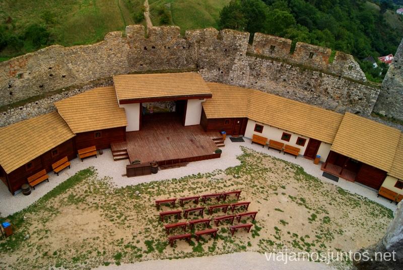 Edificios de los paisanos. Castillo de Becov Castillos de Eslovaquia, Slovakia, #EslovaquiaJuntos Que ver y que hacer