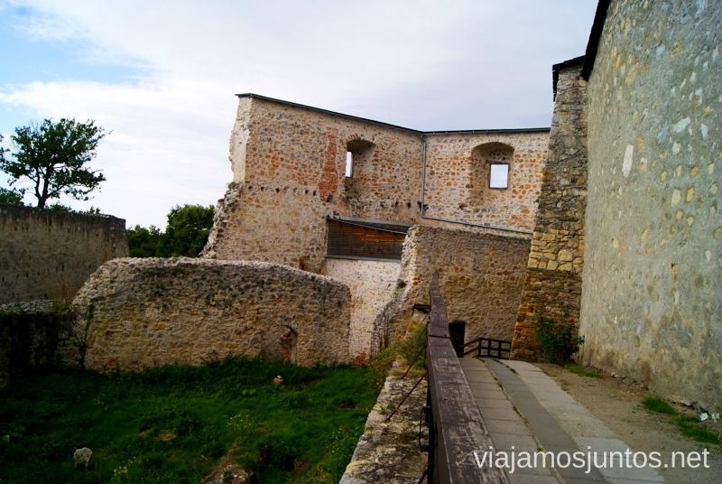 Acceso central al castillo de Trencin Castillos de Eslovaquia, Slovakia, #EslovaquiaJuntos Que ver y que hacer