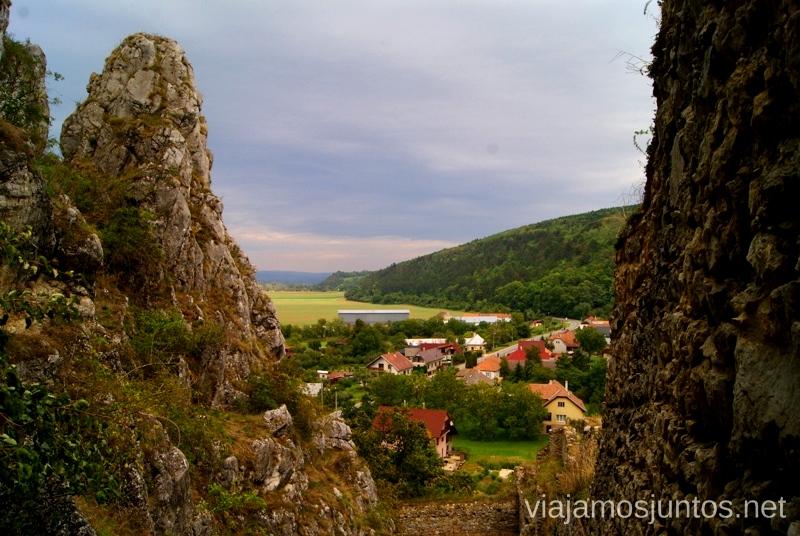 Vistas desde el castillo de Becov Castillos de Eslovaquia, Slovakia, #EslovaquiaJuntos Que ver y que hacer
