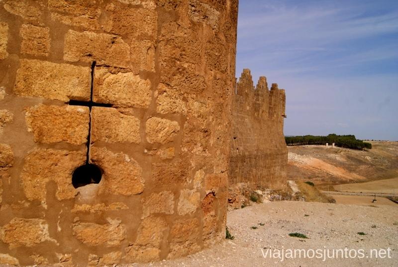 Color ocre... I Torneo Internacional de Combate Medieval en el Castillo de Belmonte, Cuenca, Castilla-La Mancha #DesafioBelmonte