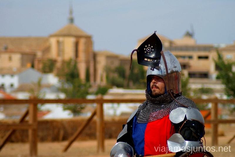 Momento descanso. I Torneo Internacional de Combate Medieval en el Castillo de Belmonte, Cuenca, Castilla-La Mancha #DesafioBelmonte