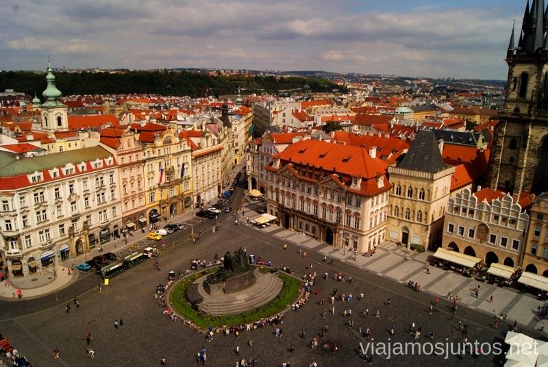 La plaza de la Ciudad Vieja Vistas panorámicas de Praga, República Checa