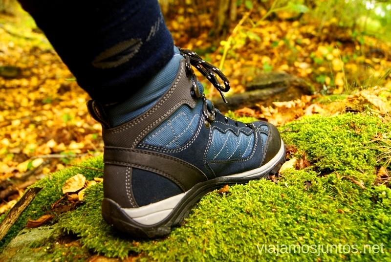 Botas HiTec en el bosque Buscar setas en Madrid. Otoño 2015 Consejos prácticos