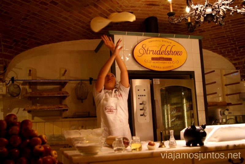 Showcooking de Strudel de manzana. Top visitas de Viena, Austria. Que ver y hacer en Wien