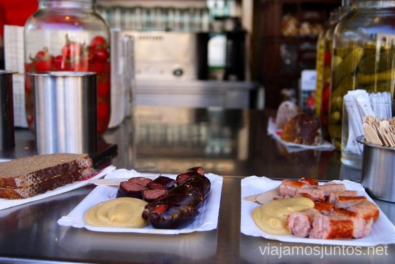 Bitzinger y las típicas salchichas de Viena