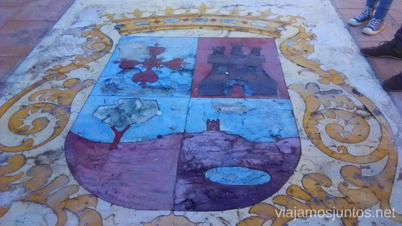 Escudo Un itinerario de un día por Almodóvar del Campo, Ciudad Real, Castilla-la Mancha Que ver y que hacer