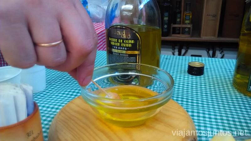 Degustación de aceites en la Almazara Un itinerario de un día por Almodóvar del Campo, Ciudad Real, Castilla-la Mancha Que ver y que hacer