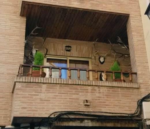 La casa del cazador Ayuntamiento actual de Almodóvar Un itinerario de un día por Almodóvar del Campo, Ciudad Real, Castilla-la Mancha Que ver y que hacer