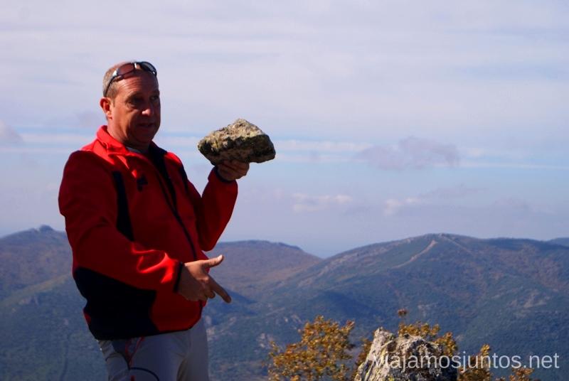Explicaciones sobre la relación piedra - agua Descubriendo el Edén de la Mancha, el parque natural del Valle de Alcudia y Sierra Madrona