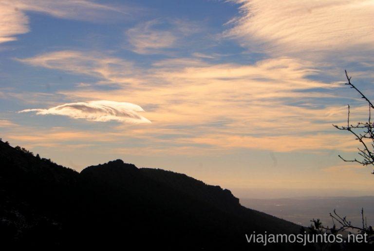 Casi atardecer Ruta de las cascadas, Navacerrada, Sierra Guadarrama, Madrid. Nieve, río, cascaditas, vistas panorámicas