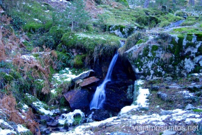Cascadas escondidas Ruta de las cascadas, Navacerrada, Madrid. Nieve, río, cascaditas, vistas panorámicas