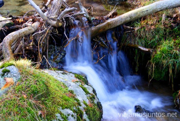 ¿Dónde está el paraíso en blanco y verde? Ruta de las cascadas, Navacerrada, Sierra Guadarrama, Madrid. Nieve, río, cascaditas, vistas panorámicas