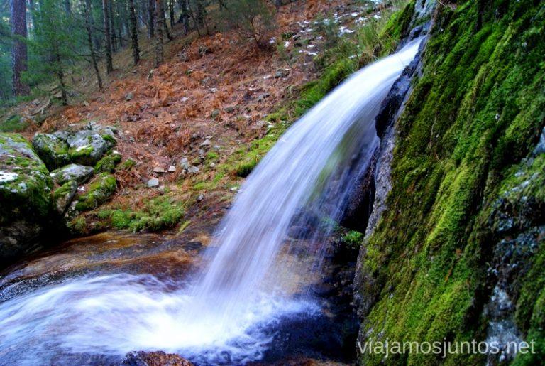 La fuerza del agua Ruta de las cascadas, Navacerrada, Sierra Guadarrama, Madrid. Nieve, río, cascaditas, vistas panorámicas