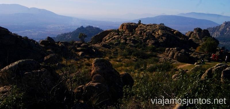 La senda entre piedra Ruta el Yelmo Manzanares el Real Madrid