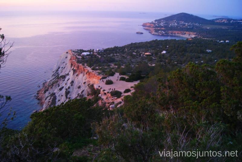 """Vistas desde arriba al """"cine"""" Nuestros atardeceres favoritos de Ibiza Donde ver puesta de sol en la isla de Ibiza"""