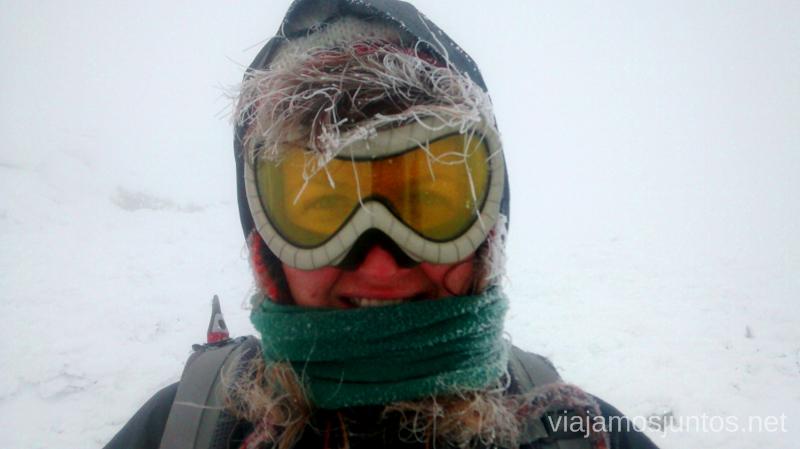 Parece que hace un poco de frío, ¿no? Buff (regalo), gorro Tigre (Primark) Caminatas de invierno. Cómo vestirse barato para rutas de invierno no tener frío.