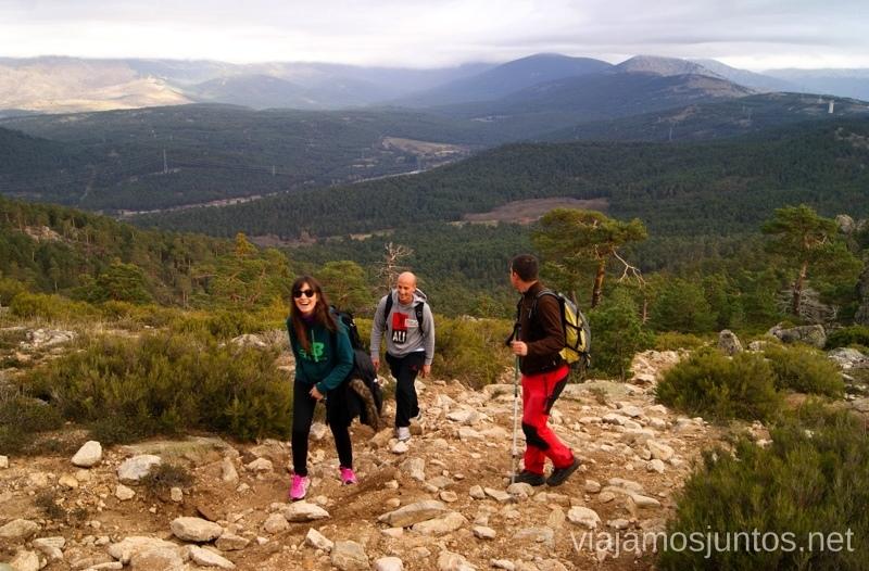 Ya no queda nada para la cima Senderismo por la zona de San Rafael, Madrid Segovia; Ruta de la Cueva Valiente