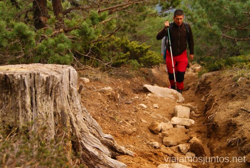 Un poco más de esfuerzo, por la senda accidentada Senderismo por la zona de San Rafael, Madrid Segovia; Ruta de la Cueva Valiente