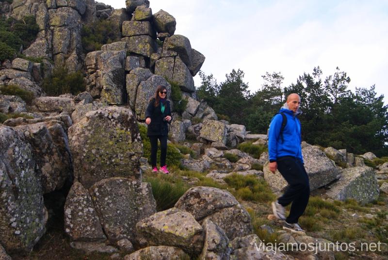 Campo a través Senderismo por la zona de San Rafael, Madrid Segovia; Ruta de la Cueva Valiente