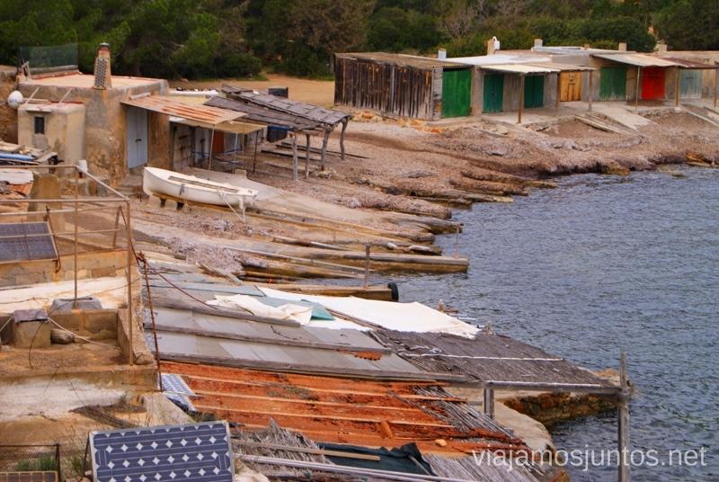 Casetas típicas de pescadores en Sa Caleta Rincones curiosos de Ibiza. Que ver y que hacer en la isla. Baleares