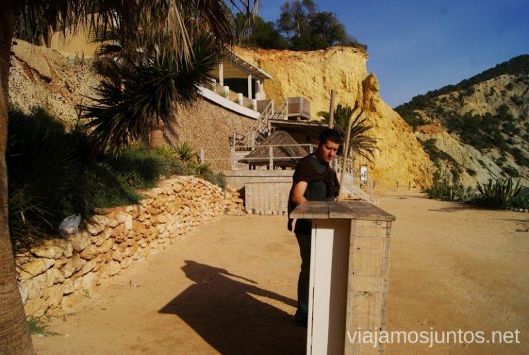 Nuestro restaurante Rutas de senderismo fáciles por la isla de Ibiza. Invierno o verano. Playa, montaña y calas secretas
