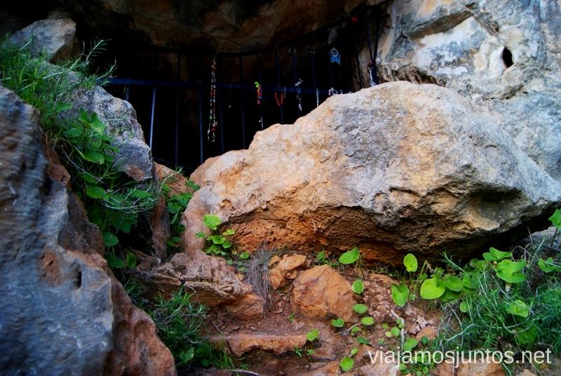 Ofrendas Rincones curiosos de Ibiza. Que ver y que hacer en la isla. Baleares