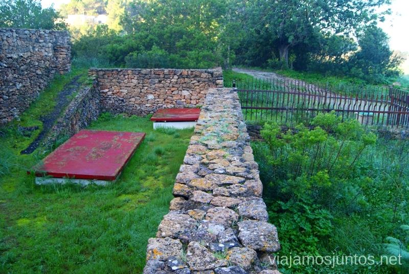 Los muros Rincones curiosos de Ibiza. Que ver y que hacer en la isla. Baleares