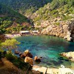 Por fin, llegamos al paraíso Rutas de senderismo fáciles por la isla de Ibiza. Invierno o verano. Playa, montaña y calas secretas