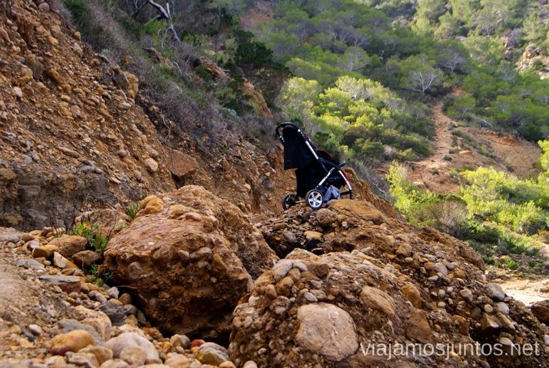 ¿Un carrito de bebé? Rutas de senderismo fáciles por la isla de Ibiza. Invierno o verano. Playa, montaña y calas secretas