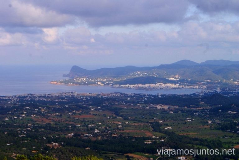 ¿Hasta dónde llegará tu vista? Rutas de senderismo fáciles por la isla de Ibiza. Invierno o verano. Playa, montaña y calas secretas