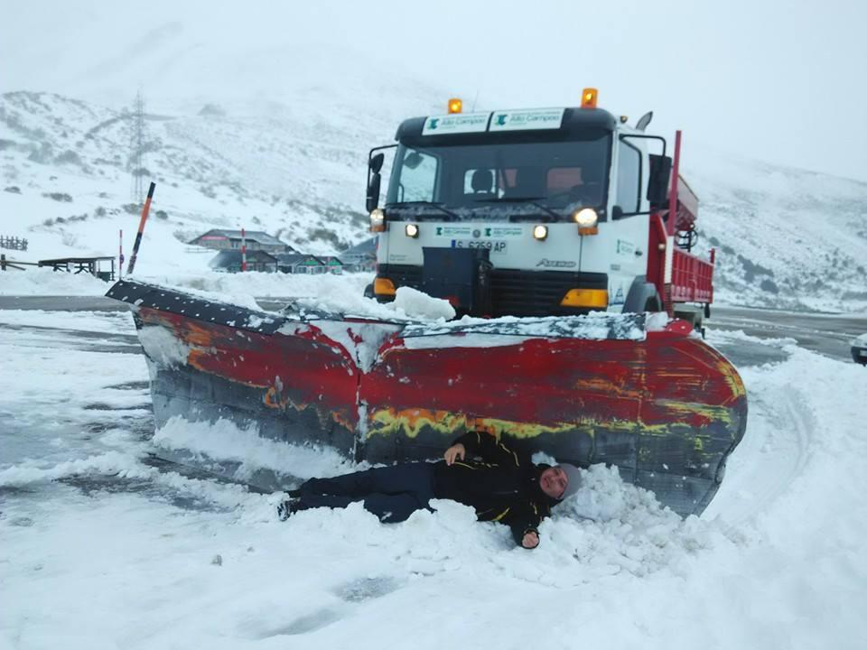 Juegos de invierno Vivir invierno en Cantabria frío, nieve y experiencias únicas