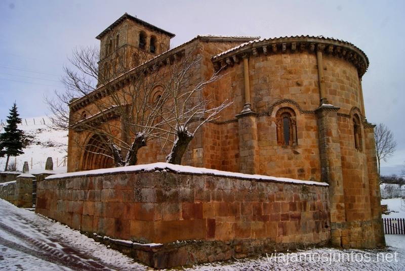 La Colegiata de Cervatos - un ejemplo muy bonito del románico El Sur de Cantabria, que ver y que hacer Lugares más desconocidos y sorprendentes