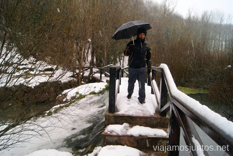 Fashion victims. La nevada bajo paraguas El Sur de Cantabria, que ver y que hacer Lugares más desconocidos y sorprendentes