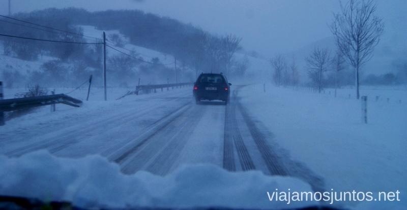Carreteras nevadas Vivir invierno en Cantabria frío, nieve y experiencias únicas