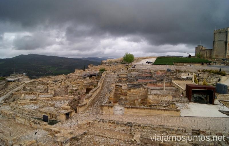 Tormenta se acerca a la Fortaleza de la Mota Ruta de los castillos y batallas, Jaén, Andalucía